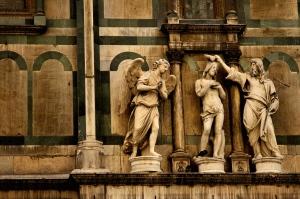 architecture statues