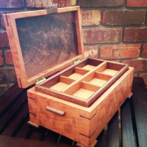 hand crafted jewelry box